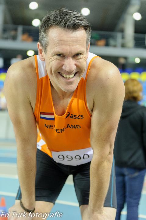 Rob Moen na afloop van zijn 400 meter voor de lens van sportfotograaf Ed Turk.