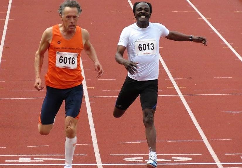 De fotofinish tussen Cees Stolwijk en Juul Acton op de 100m M60, welke in het voordeel van Cees beslecht werd.